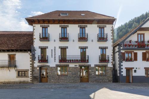 . Hotel Rural Auñamendi