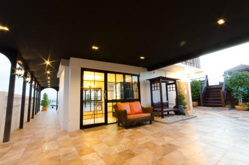 Khaosan Palace Hotel photo 12