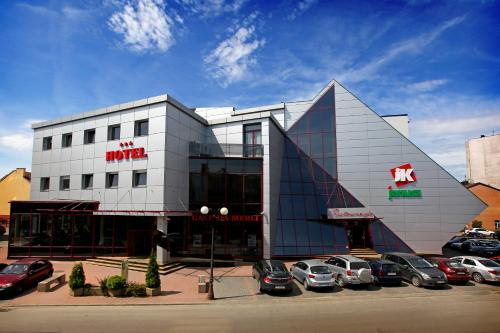 . Hotel Janusz