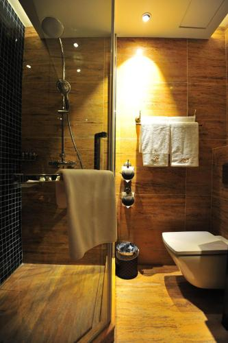 D-Boutique Hotel photo 22