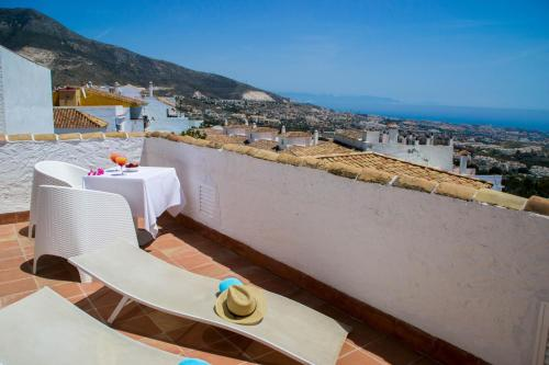 Double or Twin Room with Private Terrace and Sea View Hotel La Fonda 70