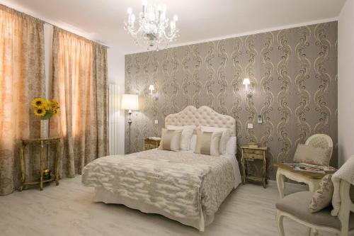 Habitación doble interior Hostal Central Palace Madrid 12