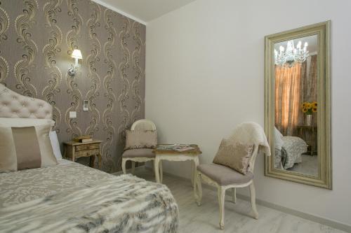Habitación doble interior Hostal Central Palace Madrid 18