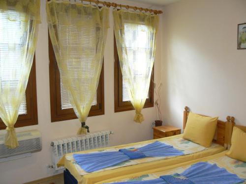 Quarto Duplo ou Twin Deluxe (Deluxe Double or Twin Room)