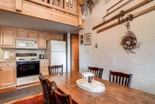 Wild Irishman 1089 By Colorado Rocky Mountain Resorts - Keystone, CO 80435