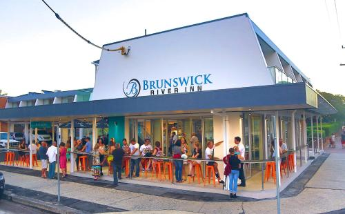 Фото отеля Brunswick River Inn