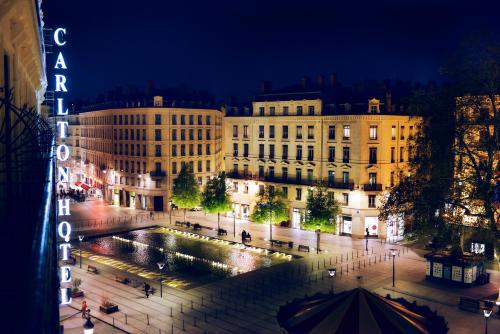 4 rue Jussieu, 2nd arr., 69002 Lyon, France.