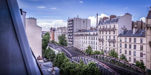 Hotel Eiffel Segur photo 2