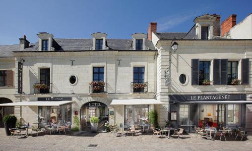. Logis Hotel La Croix Blanche Fontevraud