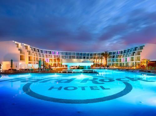 Hard Rock Hotel Ibiza стая снимки