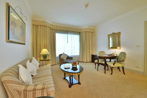 Evergreen Laurel Hotel Sathorn Bangkok photo 6