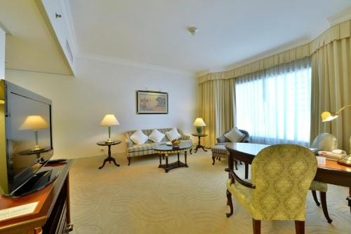 Evergreen Laurel Hotel Sathorn Bangkok photo 8