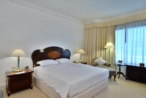 Evergreen Laurel Hotel Sathorn Bangkok photo 10