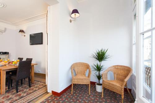 Key Vintage - Passeig de Gracia Apartment photo 2
