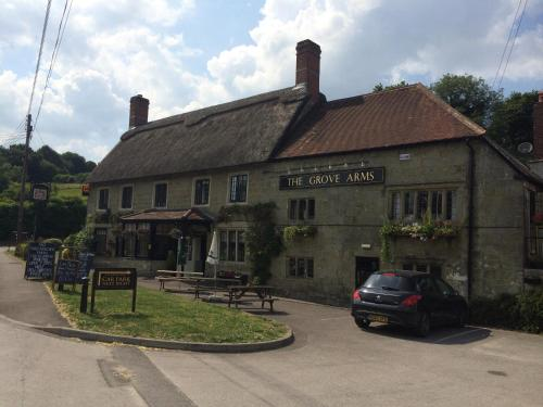 . The Grove Arms, Ludwell