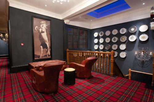 Glazebrook House Hotel, South Brent, Devon, TQ10 9JE, England.