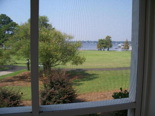 Lake Blackshear Resort And Golf Club