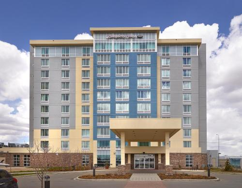 Hampton Inn by Hilton Calgary Airport North - Calgary, AB T3J 0R3