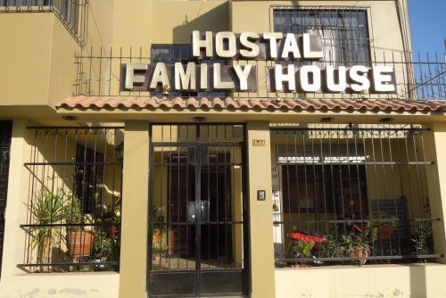 Hotel Hostal Family House