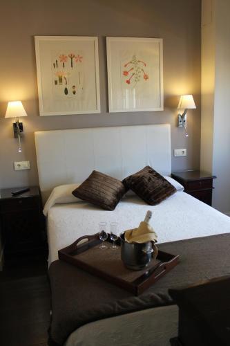 Superior Double Room Hotel Leonor de Aquitania 11