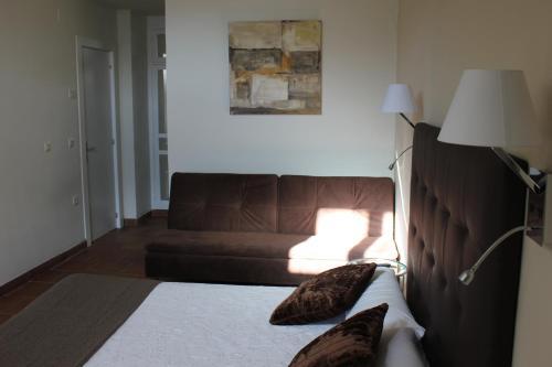 Habitación Doble Superior con vistas a las montañas Hotel Leonor de Aquitania 12