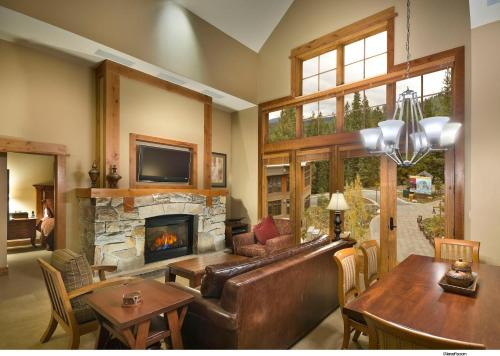 Tahoe Mountain Lodging - Truckee, CA 96161
