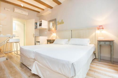 AinB Gothic-Jaume I Apartments photo 11
