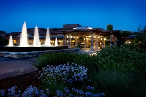 Grand Geneva Resort and Spa - Accommodation - Lake Geneva
