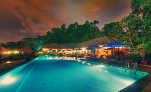 Malohom Bay, Gaya Island, Tunku Abdul Rahman Park, Sabah, Borneo, Malaysia.