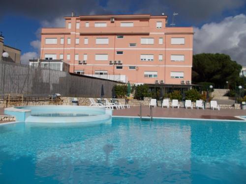 . Hotel Maremonti