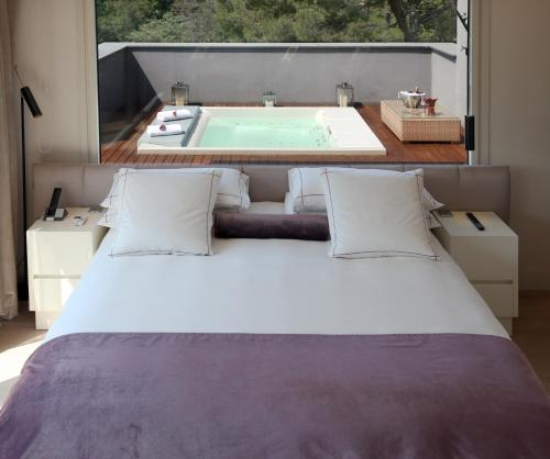 Attic Suite (1 or 2 people) ABaC Restaurant Hotel Barcelona GL Monumento 34