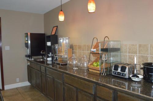 Microtel Inn & Suites By Wyndham Miami - Miami, OK 74354