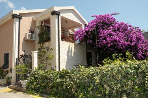 . Villa Danile Cosy Apartments