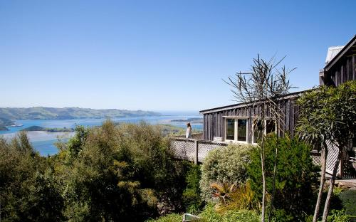 145 Camp Road, Otago Peninsula, Dunedin 9077, New Zealand.