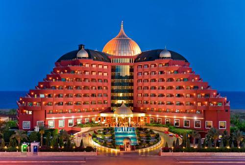 Lara Delphin Palace Hotel map