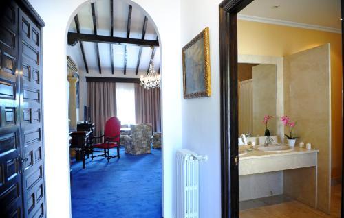 Superior Double or Twin Room San Román de Escalante 56