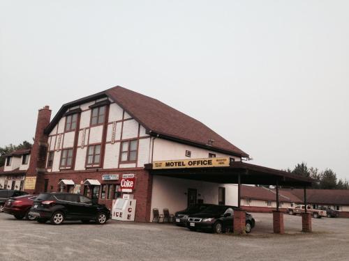 . Englehart Motel