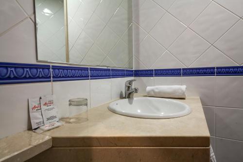 Hotel Antibes ** 20