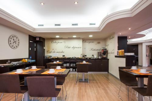 Hotel Antibes ** 9