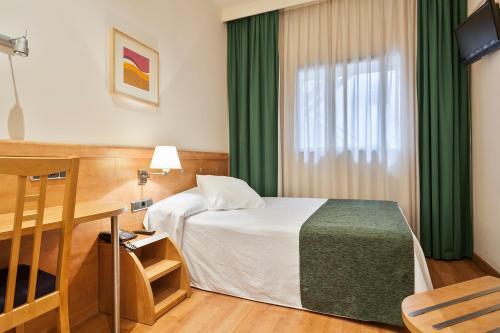 Hotel Antibes ** 15