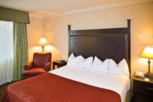 Heritage Hotel Lancaster - Lancaster, PA 17601