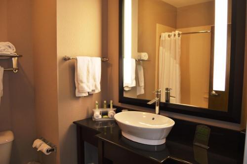 Holiday Inn Express El Reno - El Reno, OK 73036