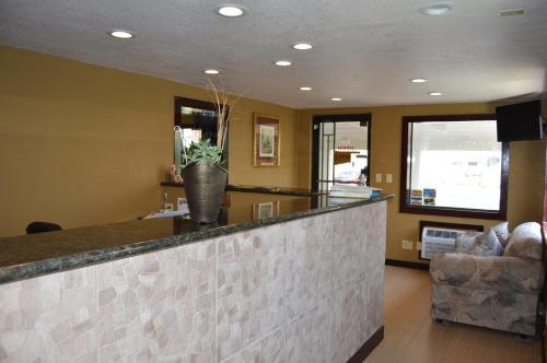 Travel Inn Weatherford - Weatherford, OK 73096