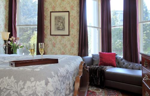 Monte Cristo Bed and Breakfast - image 10