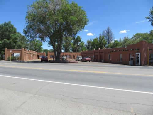 Riverside Inn Of Alamosa - Alamosa, CO 81101