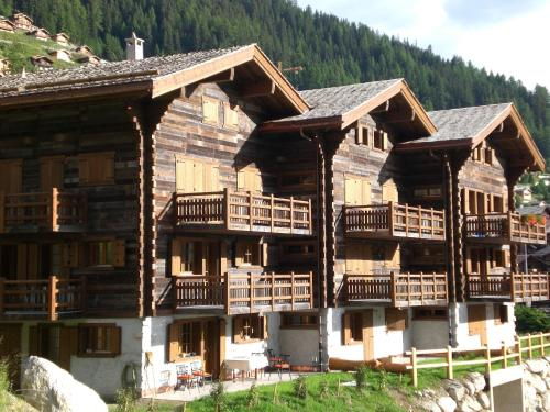 Grimentz Hotels