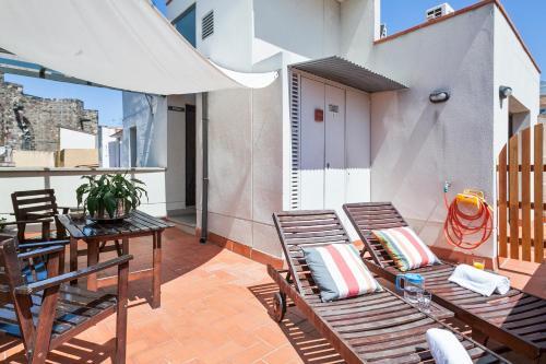 Inside Barcelona Apartments Esparteria photo 13