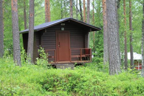 Cottage with Shared Bathroom (2 Adults)