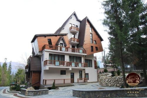 Oblique - Forest & Spa - Sinaia