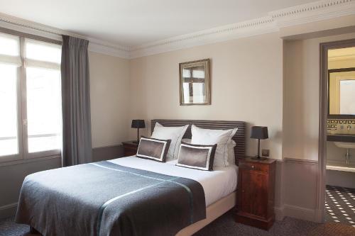 Hôtel Brighton - Esprit de France Классический двухместный номер с 1 кроватью
